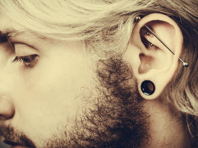 Bijoux piercing oreille : comment choisir la bonne taille ?