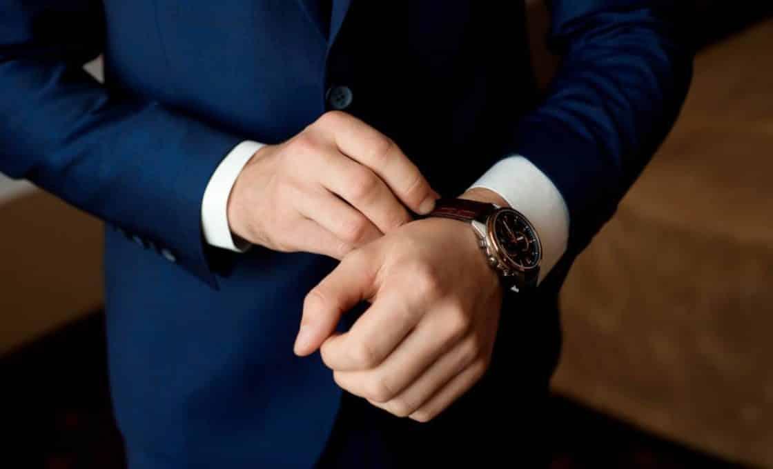 Montres et bijoux de luxe : comment les porter ?