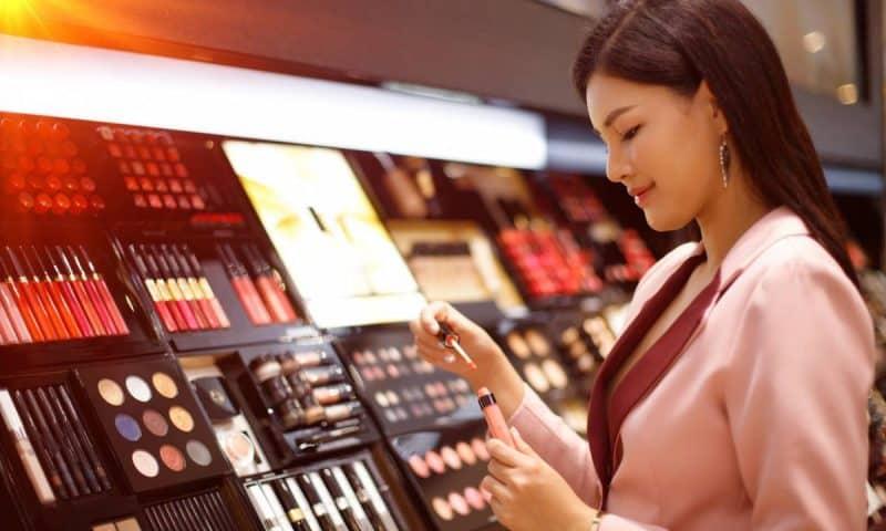 Comment faire des économies sur les grandes marques make-up ?
