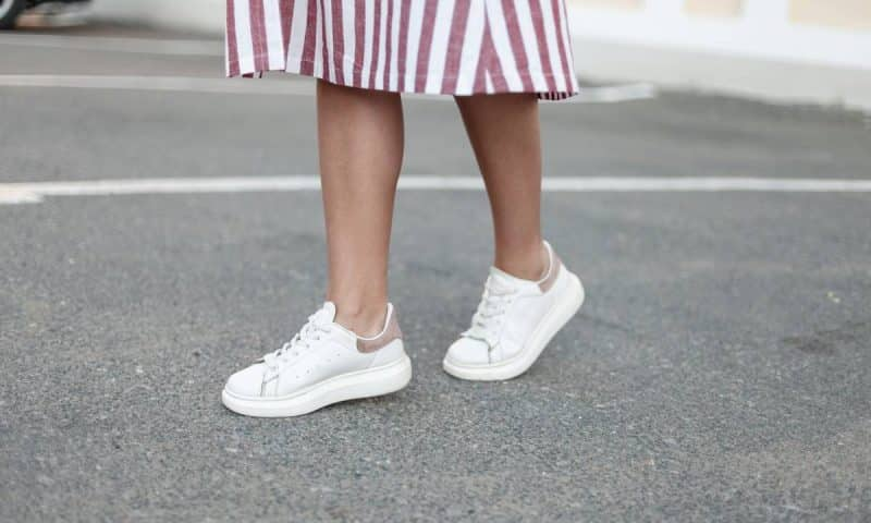 Baskets en toile : l'accessoire indémodable